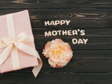 母亲节祝福短信说说 愿天下所有的妈妈幸福平安快乐