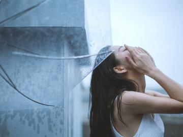 爱情里失恋受伤的伤心签名 句句心痛