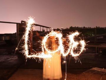 适合2020年跨年夜发的情话 新年快乐 招财进你