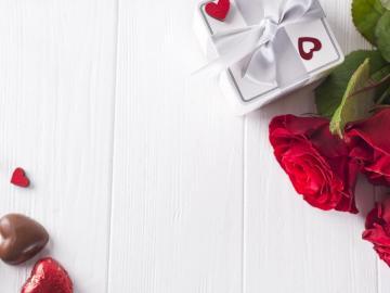 写一句甜言蜜语的情话给心爱人的说说