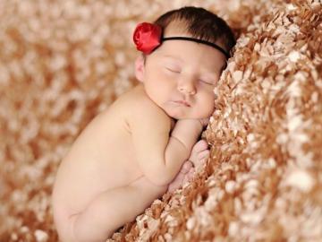 第一次做母亲的经典说说 晚安宝贝