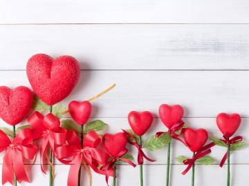 第一次约会的心理变化 触碰→牵手→拥抱→亲吻→爱抚→推倒