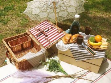 适合周末野餐发朋友圈的文案   踏青郊游的心情说说