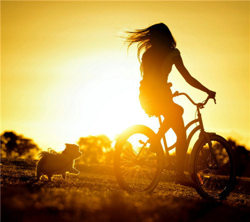 朋友圈优美早安心语一句话说说心情配图 过去的就别再翻回去