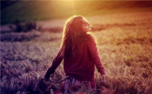 表达遗憾伤感的句子说说心情 终究还是走不进你的世界