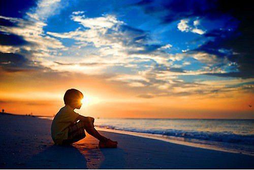 一句悲伤的话心情伤感说说 孤独从一开始注定要用一生来承担