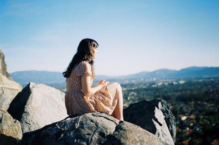 伤心说说心情长篇 看透了世界也看不透你