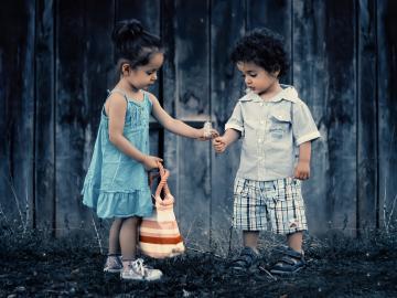 致一起长大的友谊说说