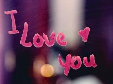 关于爱情一句简短的话  容我爱你,深不见底