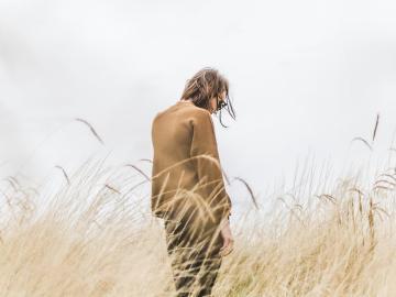 日复一日的等待,翻山越岭的去爱的异地恋伤感说说