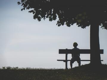 享受一个人独处的说说 越来越喜欢孤独