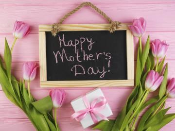 迎接母亲节说说祝福寄语 感恩赞美母亲的句子
