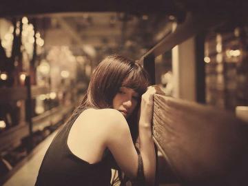 感到心累的爱情说说句子 谁能给我指引方向,一个人太累了
