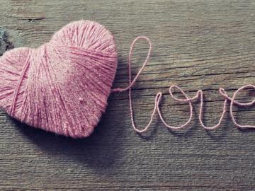 用一句话偷偷公布恋情的爱情说说