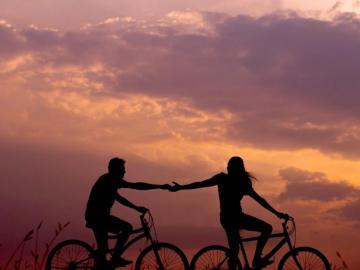 最美好的爱情说说 最幸运的是,能走近你身边