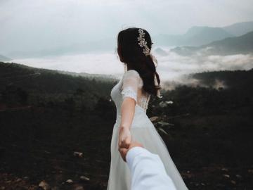 写给最心爱的人伤感说说 很熟悉,会不由自主地吸引过去