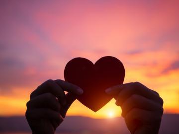 套路满满的爱情的句子 撩到你脸红心跳的情话