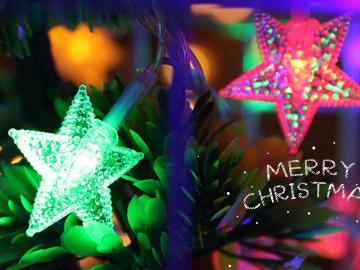 圣诞节简短祝福语 星光化作轻柔的情,呵护你甜梦到天明