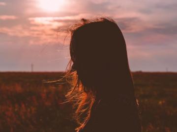 一个人很累很疲惫很孤单的说说