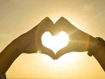 打动人心的爱情表白句子 为你颠倒众生,倾覆所有繁华