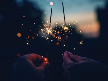 抖音上很火的生日短句 流行的生日祝福语