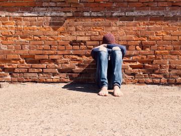 心累了快要崩溃的伤感句子:心累到一定的程度,连生气和计较的力气都没有了