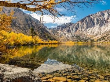 描写秋天美景的优美短句