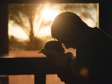恭喜生二胎的祝福语 祝愿宝宝茁壮成长