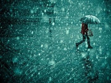 抖音上最火的下雨说说 每次在下雨天,我的心情怎么好不起来